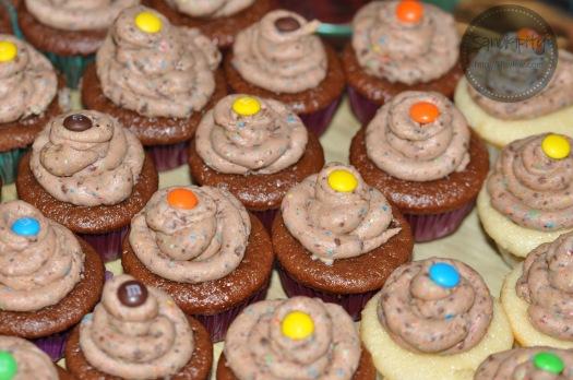 mnm cupcakes wm